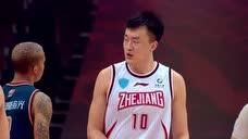 陆文博眼观六路送妙传 刘泽一顺势突破反身上篮图标