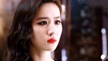 刘亦菲是活在古装里的美人?不好意思,神仙颜值不分古今