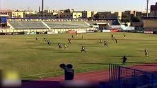 埃及联赛必进球遭越位球员画蛇添足