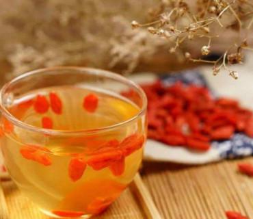 红枣枸杞泡酒喝能养生吗