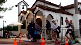 斯巴达极限马拉松比萨赛,最后的胜利让运动员在雨中喜极而泣