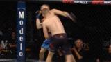 UFC贾斯汀-加瑟基 第一回合KO詹姆斯-维克!