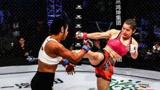 """""""格斗女王""""张伟丽在夺UFC冠军之前,还曾远赴韩国,霸气战胜对手!"""
