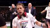 UFC女子草量级冠军金腰带流转史,现在被张伟丽保管着