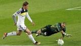 回顾欧冠巴萨vs切尔西,梅西踢飞点球,托雷斯单刀绝杀!
