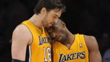 NBA故事-科比加索尔最后一战演神配合 老科接球三分杀死比赛