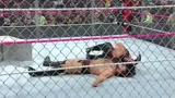 WWE 地狱牢笼大赛 伦斯飞冲肩破解卢瑟夫胜利铁锁