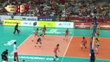 袁心玥的高点快球让巴西女排难以招架,一举帮助中国女排拿下局点