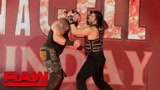 RAW 9.10: 人间怪兽主动约战罗门伦斯 遭萨摩亚背摔击垮解说台