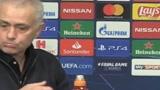 高级黑?欧冠赛后记者鼓励穆里尼奥反惹怒狂人,来看看怎么回事?