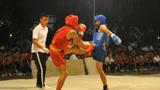 围观功夫男孩的散打对决,拳拳到肉拼打凶猛,超燃!