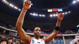 当年麦迪来CBA打球是什么画面?轰动篮球界,还是那么飘逸!