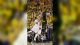 NBA客场消音时刻:欧文总决三分迎射库里锁定冠军,詹皇北岸花园致命中投