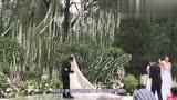 惠若琪身穿中式新娘服静坐闺房,网友:不是模特,胜似模特!