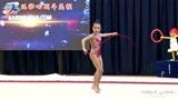 """大气都不敢出!俄罗斯小萝莉第一次表演""""绳操"""",表情写满了紧张"""