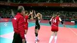 星光闪耀!土耳其女排球星内斯里汉火力全开,直接把中国女排发停了