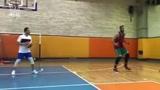 哈达迪将与新疆男篮签约顶替明纳拉斯 看他最近的训练状态