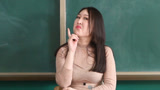 老师着急下班约会,不料班长突然消失,熊孩子起哄要换班长
